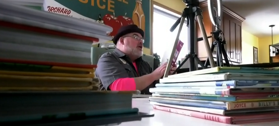 Big Daddy Tazz reads to kids on Facebook